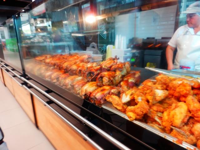 スーパーのブッフェ、ペルー料理に感激!
