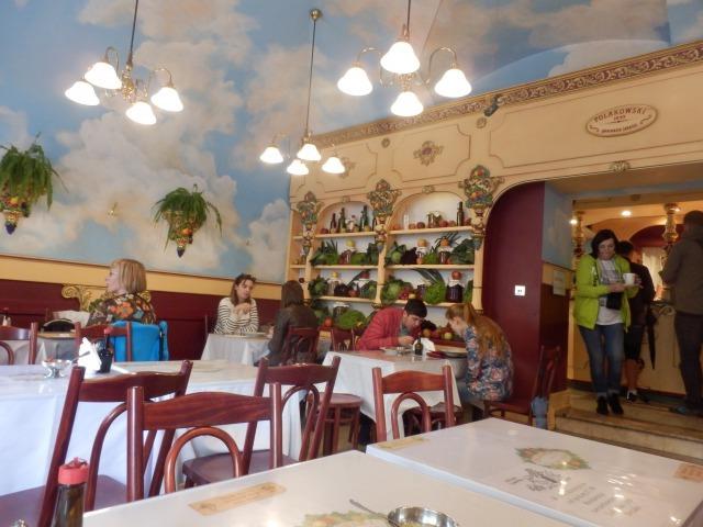 ポーランドのセルフ式レストランでおばちゃんにアタフタ